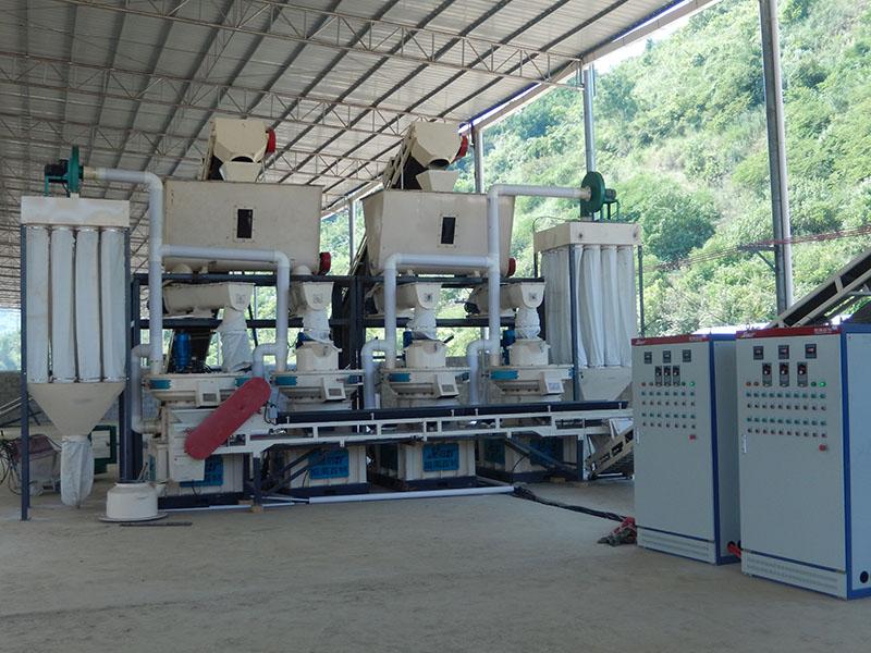 广西4-6吨毛竹木屑制粒生产线