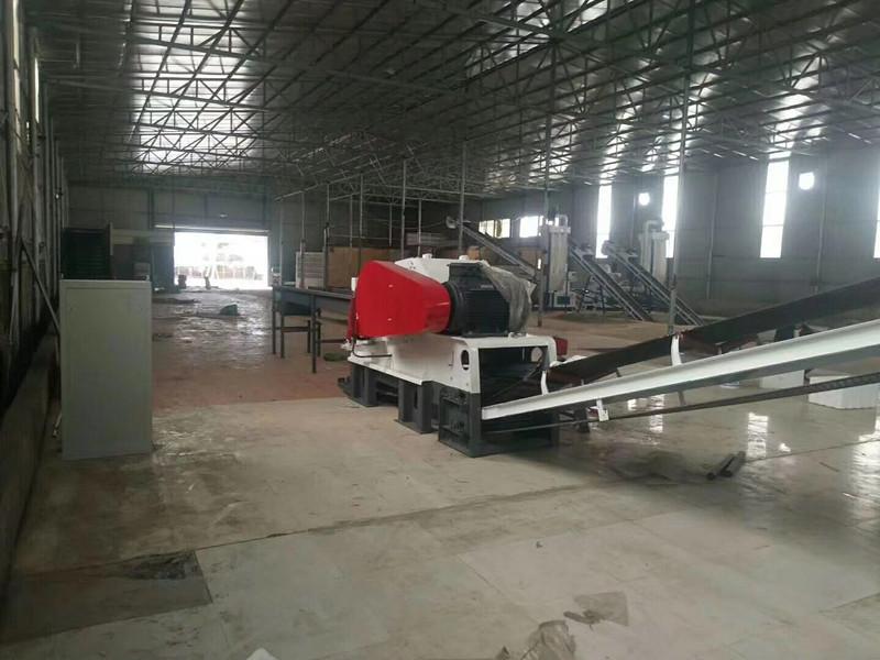 案例地址:福建省莆田市仙游县 案例规格:时产2-3吨木屑颗粒生产线 案例客户:方总